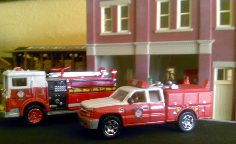 Mack Mr Fire Pumper Amp Chevrolet Extended Cab Rescue